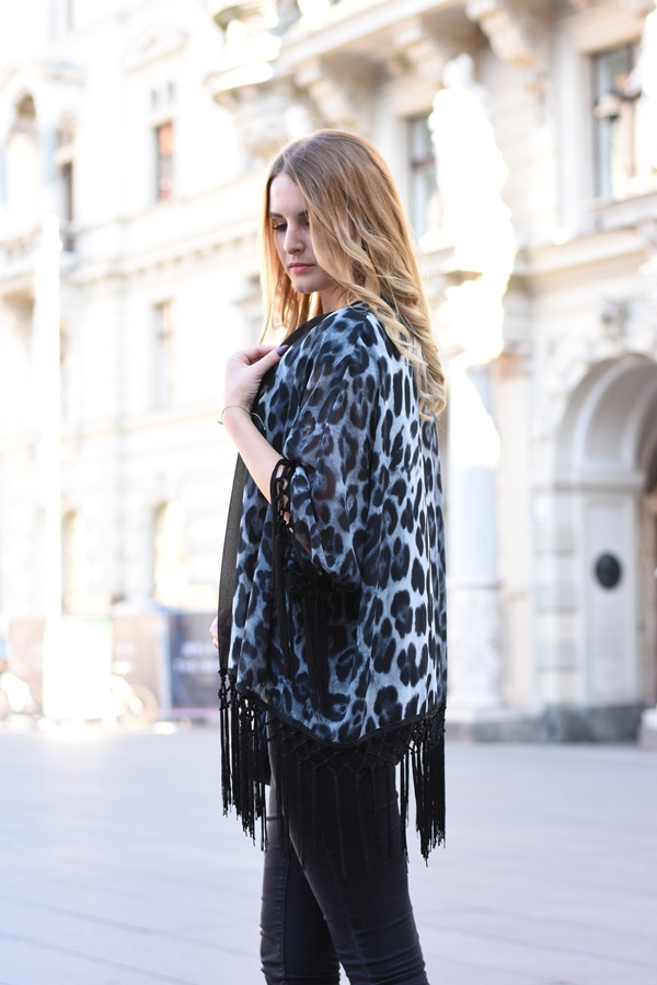 Animal Print - Herbst/Winter Trend, Leo Look Kombination - Outfit - Fashion Kombination - Style - All Black Look - Fashionladyloves by Tamara Wagner - Fashionblog - Mode Blog