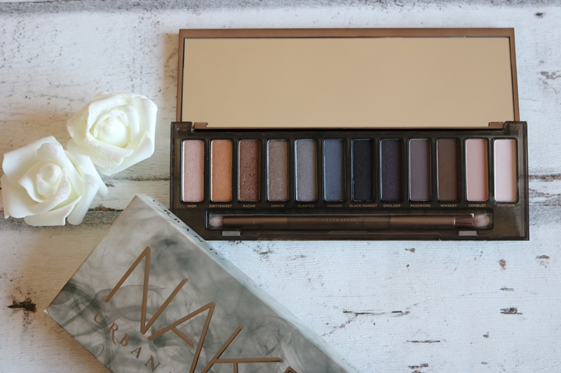Urban Decay Naked Paletten Vergleich - Naked Smoky - Beauty - Lidschattenpaletten - Fashionladyoves by Tamara Wagner - Beautyblog