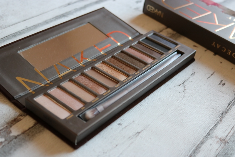 Urban Decay Naked Paletten Vergleich - Naked 1 - Beauty - Lidschattenpaletten - Fashionladyoves by Tamara Wagner - Beautyblog