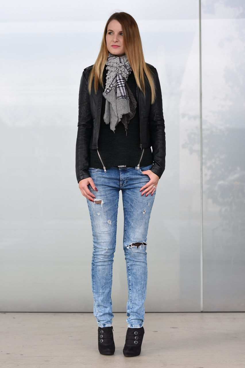 laced-jeans-2-fashionladyloves