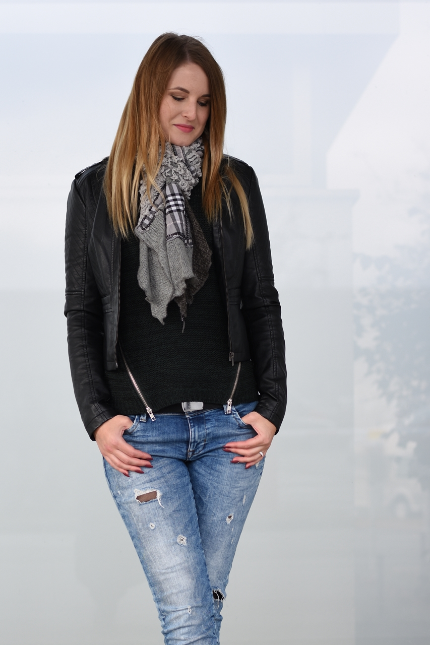 laced-jeans-3-fashionladyloves