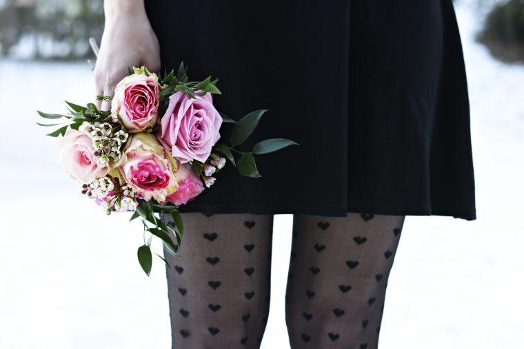 Valentinstag - Rosa Rosen - 7 Girls 7 Styles Blogparade - Fashionladyloves