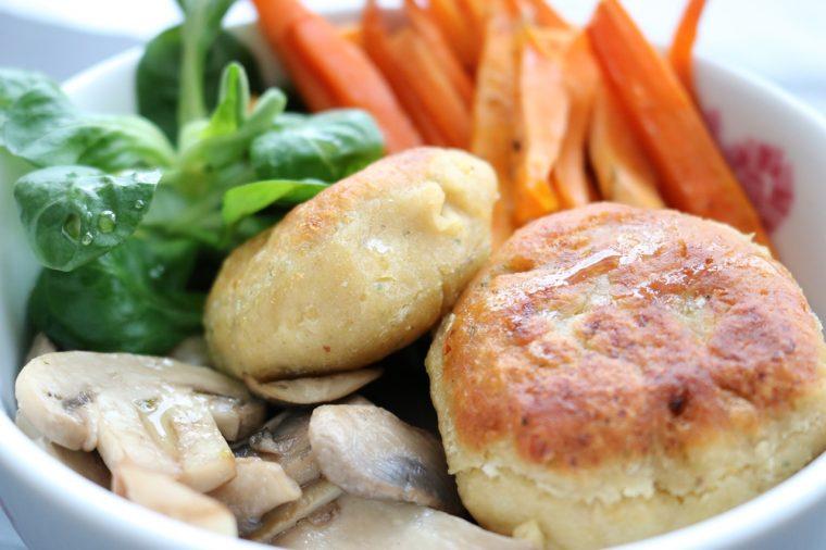 Vegane Falafel Gemüse Bowl Rezept - Fashionladyloves