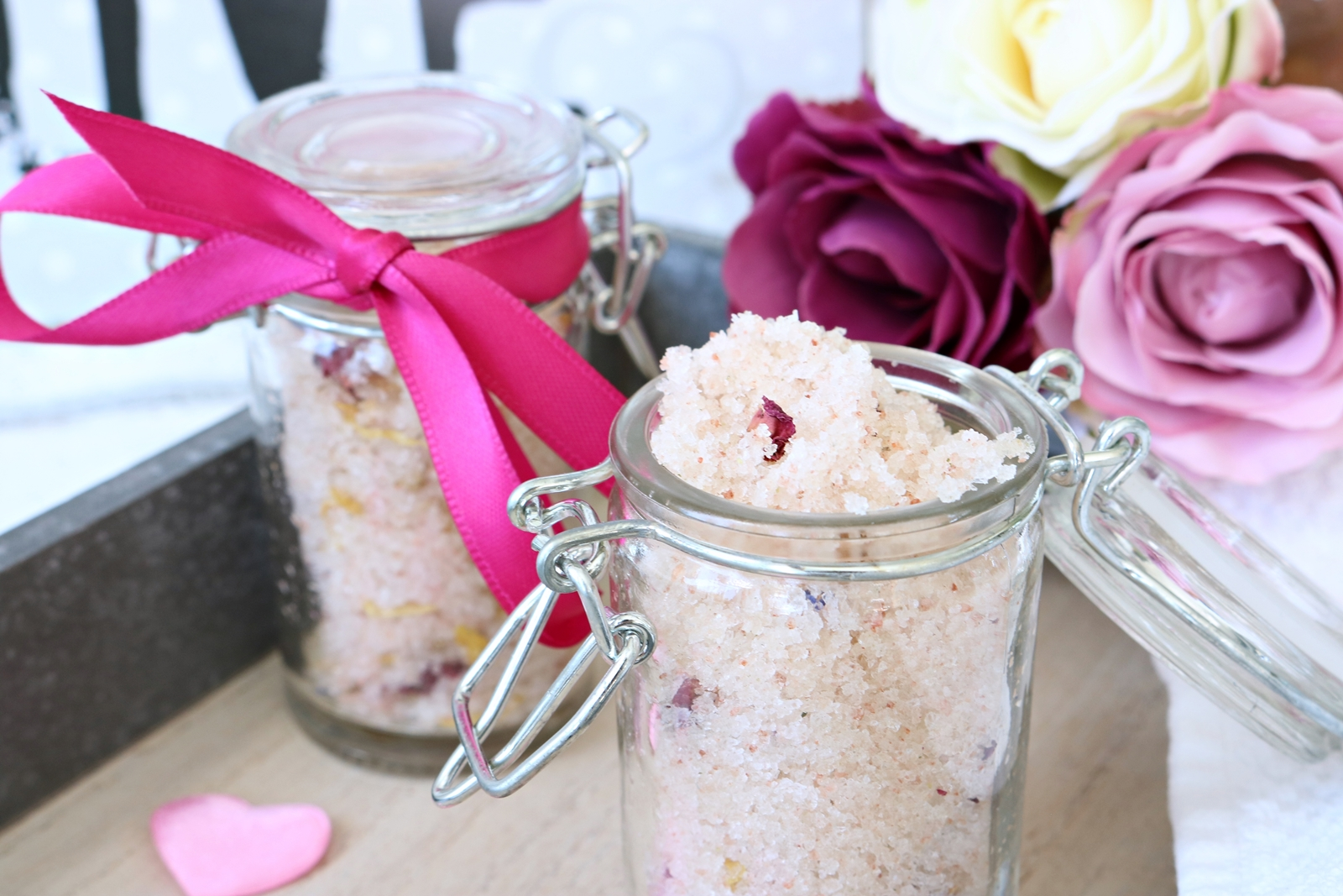 DIY Körperpeeling selber machen - einfach uns schnell - Geschenk - Body Scrub do it yourself - schnelle Geschenkidee - Fashionladyloves by Tamara Wagner Beautyblog