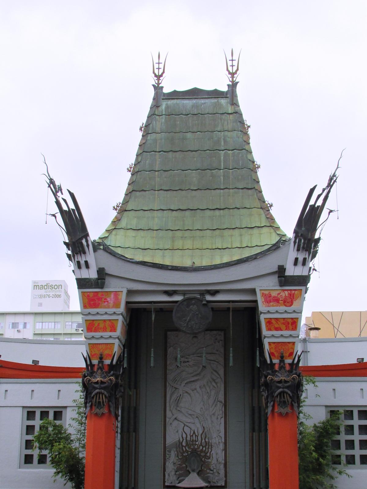 Hollywood Chinese Theatre - USA Roadtrip - Amerika Rundreise - Fashionladyloves by Tamara Wagner - Travelblog