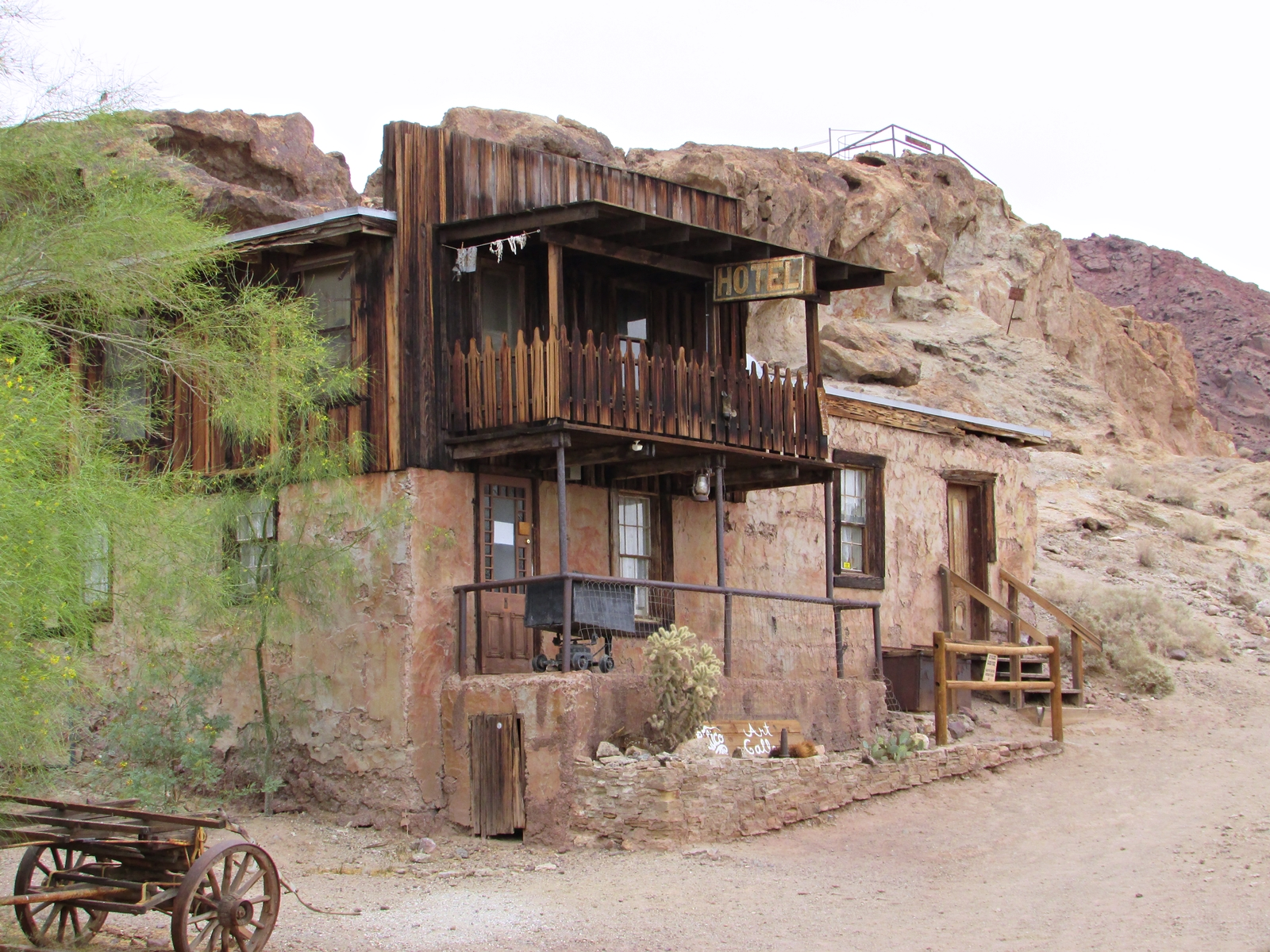 Calico Ghost town - usa rundreise - geisterstadt in der Mojave Wüste - Hotel - Roadtrip - Fashionladyloves by Tamara Wagner Travelblog