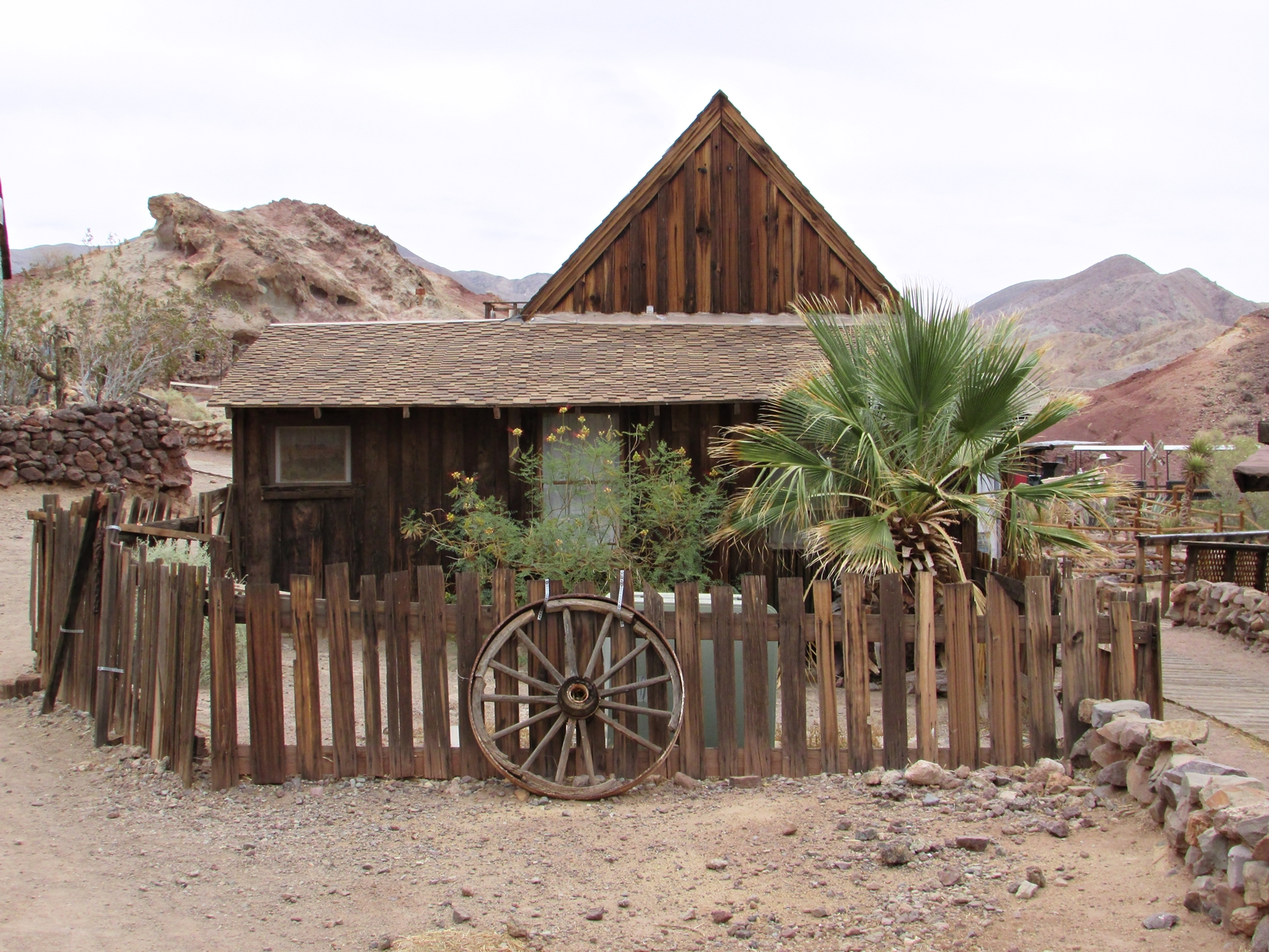 Calico Ghost town - usa rundreise - geisterstadt in der Mojave Wüste - Roadtrip - Fashionladyloves by Tamara Wagner Travelblog