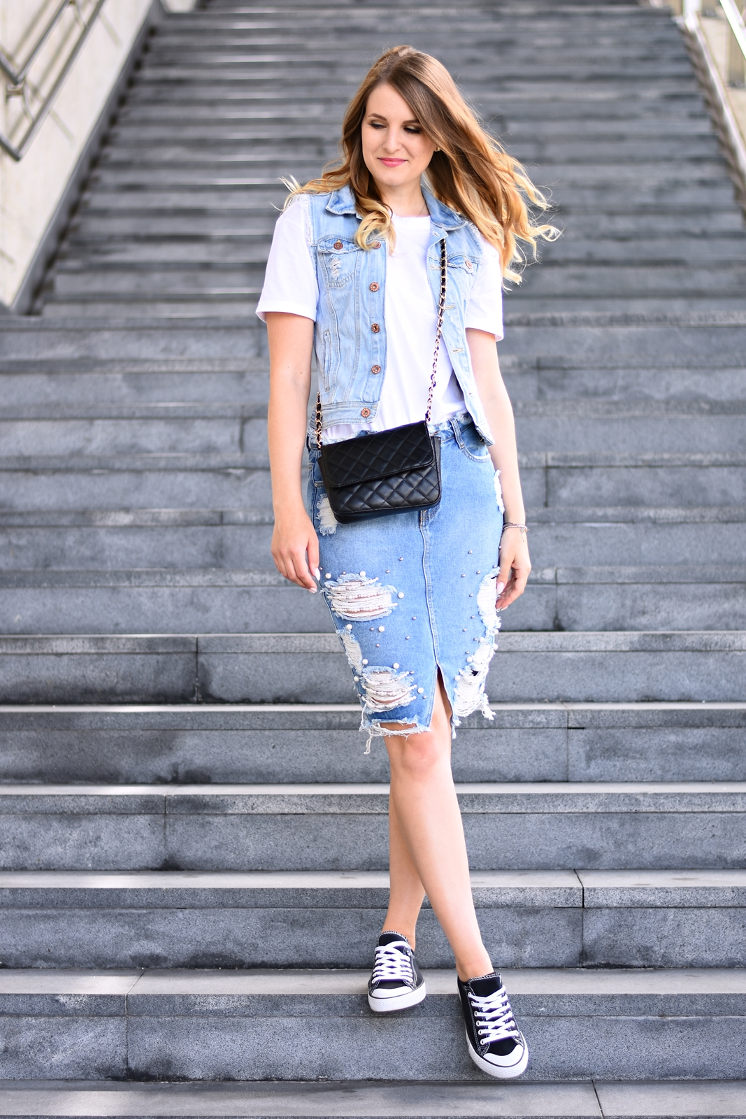 Denim on Denim - so stylst du den double Denim Style richtig - Jeans Kombination - Jeansrock - Fashionladyloves by Tamara Wagner - Fashionblog - Mode Blog