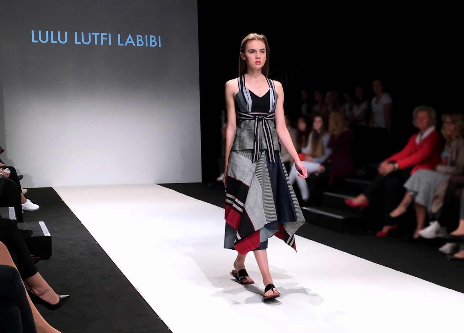 Vienna Fashion Week 2017 - Laufsteg - Show - Lulu Lutfi Labibi Designer - Fashionladyloves by Tamara Wagner - Fashion Blog