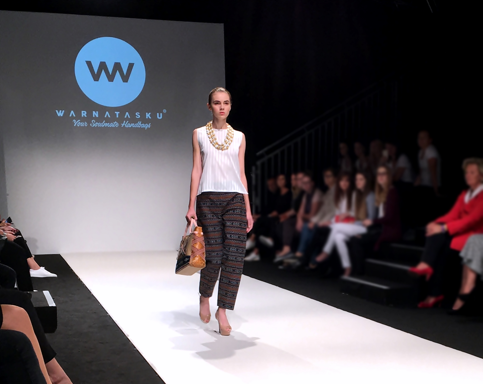 Vienna Fashion Week 2017 - Laufsteg - Show - Warnatasku Designer - Fashionladyloves by Tamara Wagner - Fashion Blog