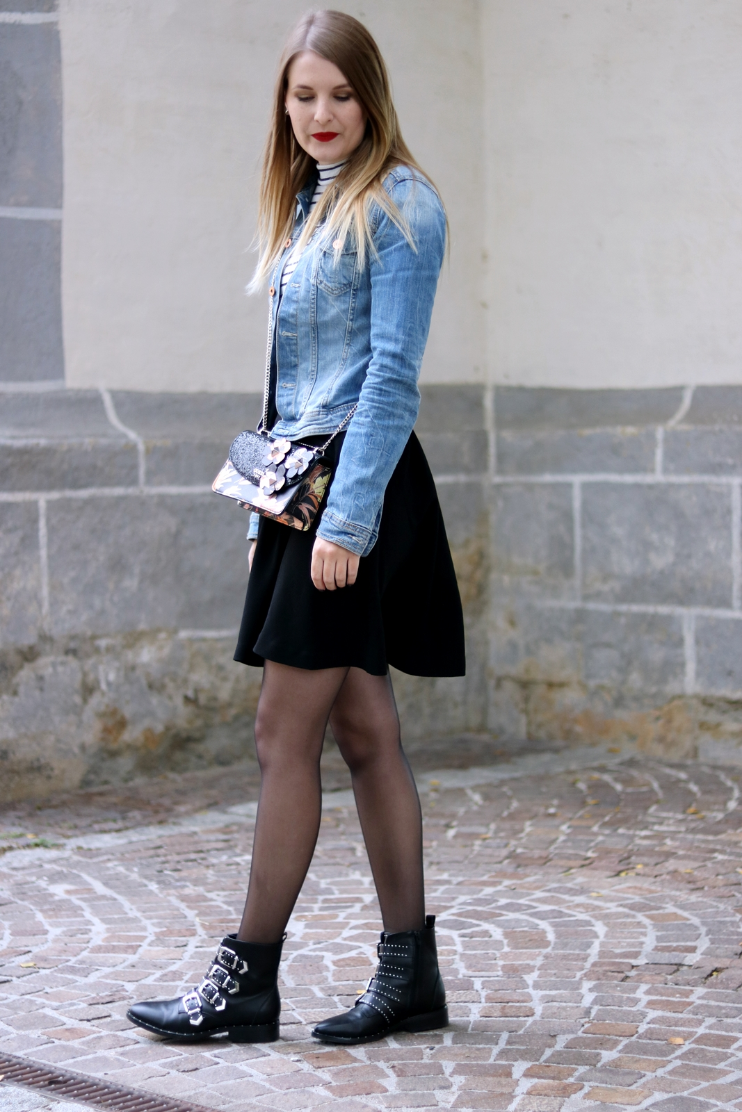 Oversized jeansjacke stylen