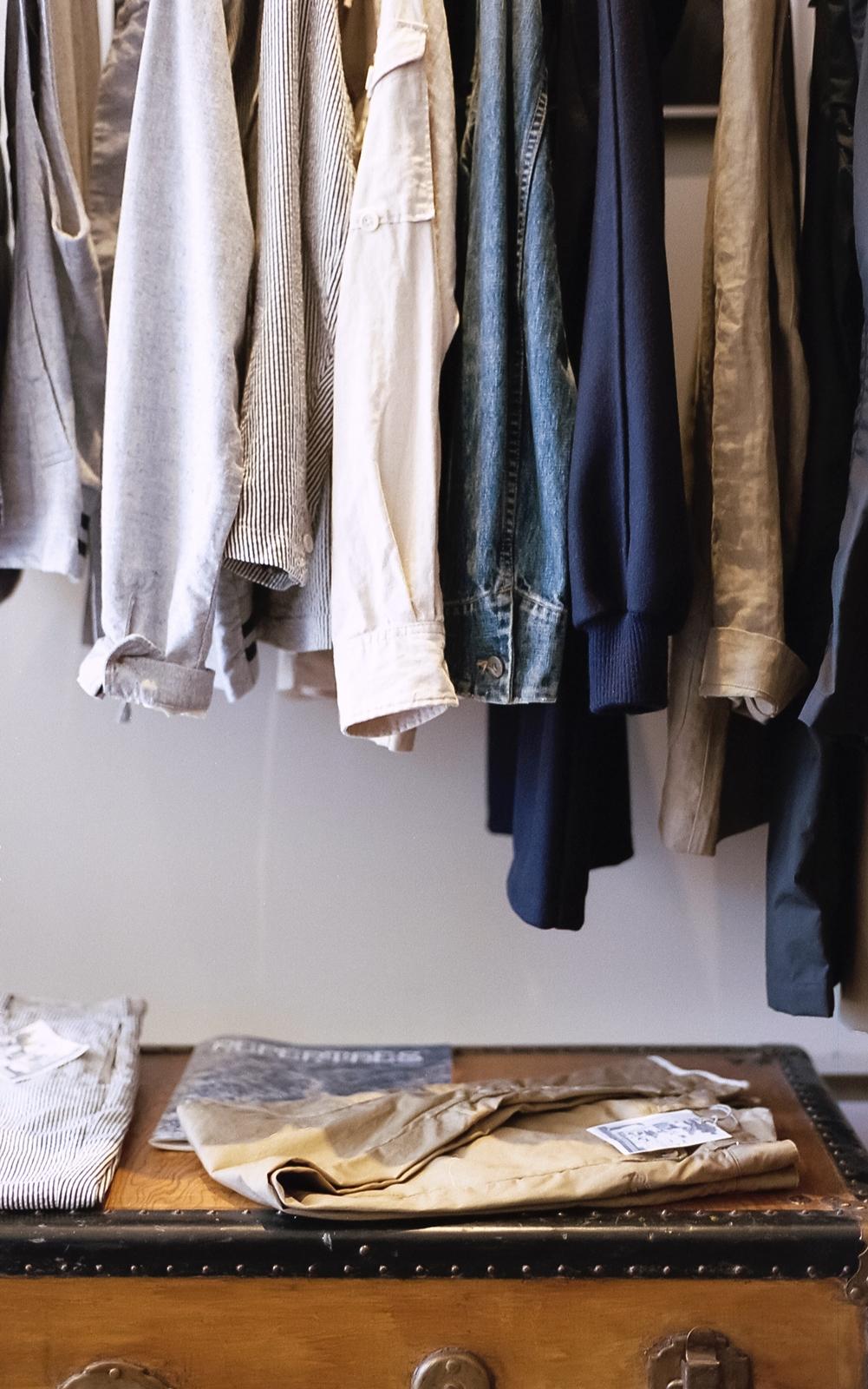 kleiderschrank ausmisten die besten tipps tricks fashionladyloves. Black Bedroom Furniture Sets. Home Design Ideas