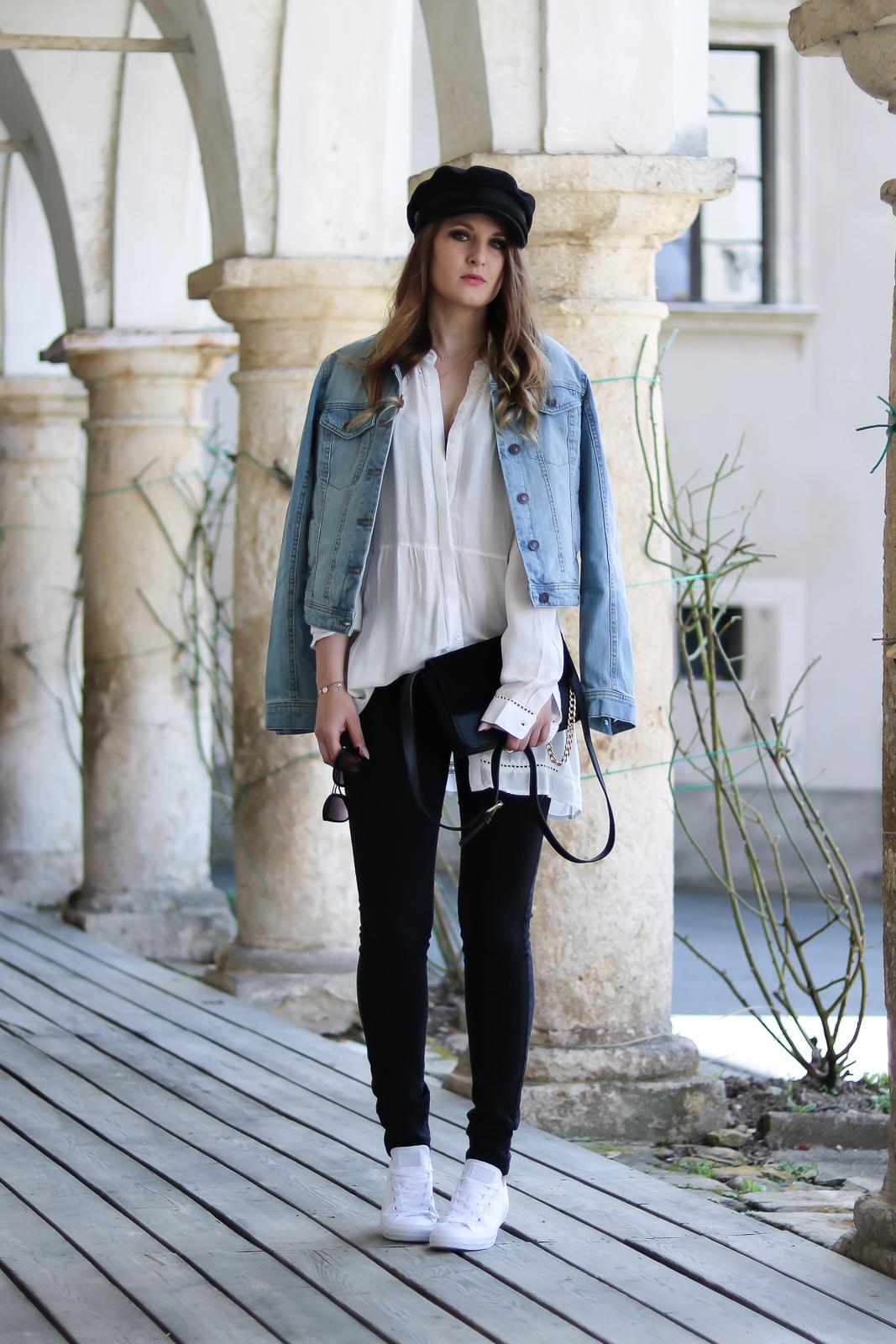 Baker Boy Hat - so kombinierst du diesen Modetrend - Hut Trend der Saison - Trend im Frühling - Outfit Kombination im Frühling - Schwarze Jeans - weiße Hemdbluse - Jeansjacke - weiße Converse - Fashionladyloves by Tamara Wagner - Fashion Blog - Mode Blog aus Graz Österreich
