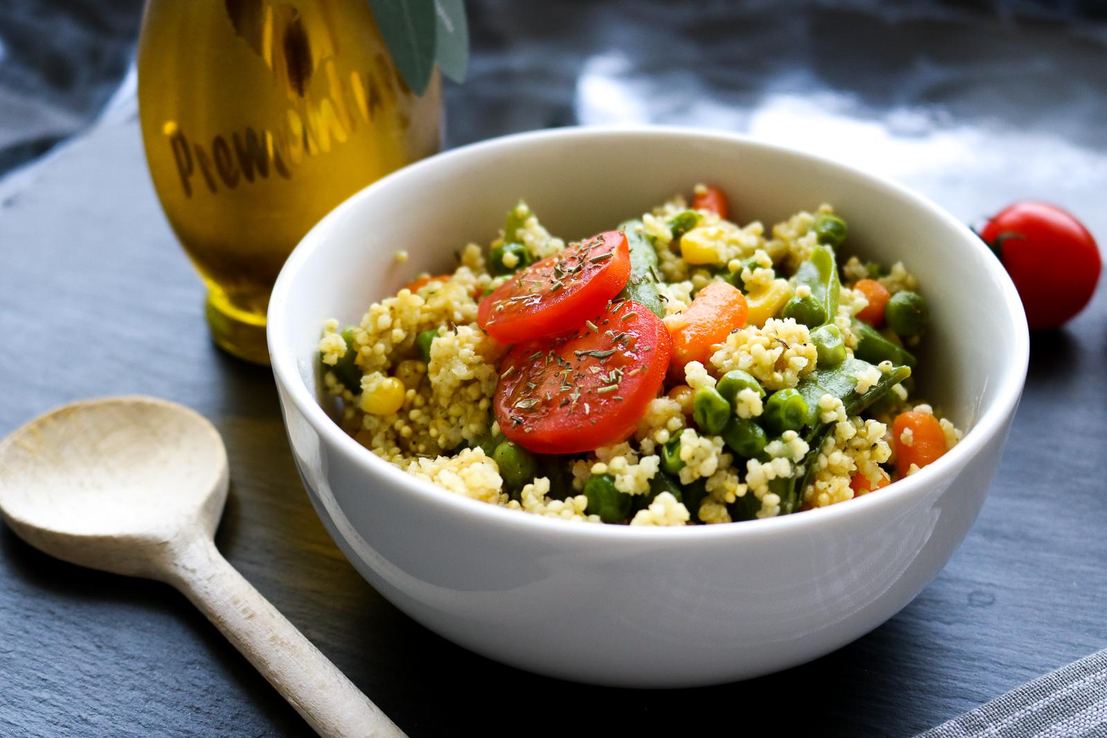 Schnelle Hirse-Gemüse-Pfanne - schnelles Rezept für die gesunde Küche - gesund und schnell kochen - kochen mit Hirse - schnelles Gericht - Fashionladyloves by Tamara Wagner - Food Blog aus Graz Österreich