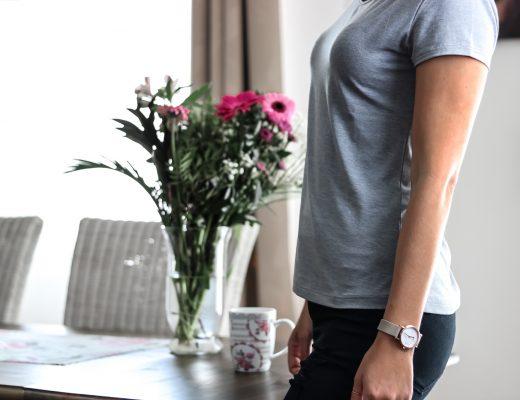 Grey Shirt - das erste pflegende Shirt der Welt aus dem Stoff Vitadylan von Grey Fashion - Shirt mit hautpflegenden Inhaltsstoffen -Grey Fashion Berlin - Fashionladyloves by Tamara Wagner - Fashion BLog - Modeblog aus Österreich