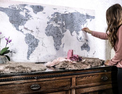 DIY: Reisekarte - Weltkarte zum aufhängen und kennzeichnen - DIY Reisekarte - Reisekarte zum kennzeichnen von Ländern - Reisekarte Bild auf Kork - Weltkarte zum kennzeichnen mit Nadeln selber machen - Reisekarte selber machen - Fashionladyloves by Tamara Wagner-Lifestyleblog