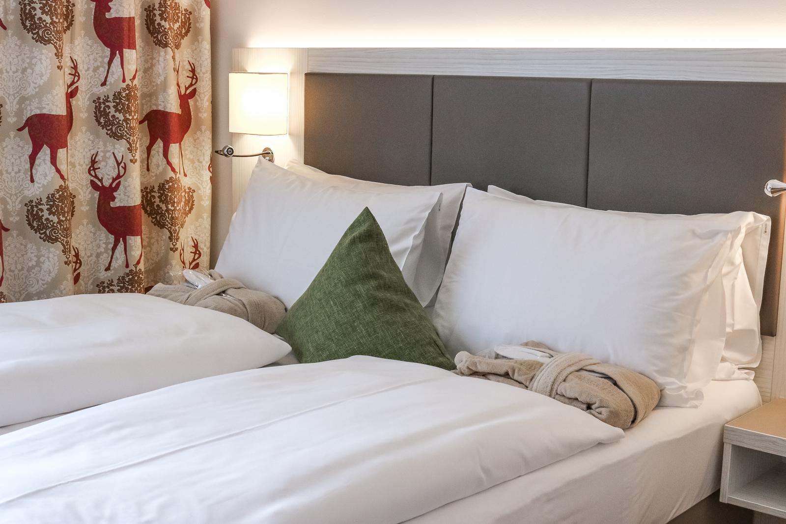Hotel Zeitgeist Vienna Hotel Review - Hotelzimmer - Hotel Bewertung - Hotel in Wien in bester Lage - Hotel am Wiener Hauptbahnhof - Blogger Hotel Kooperation -Fashionladyloves by Tamara Wagner - Reiseblog aus Österreich