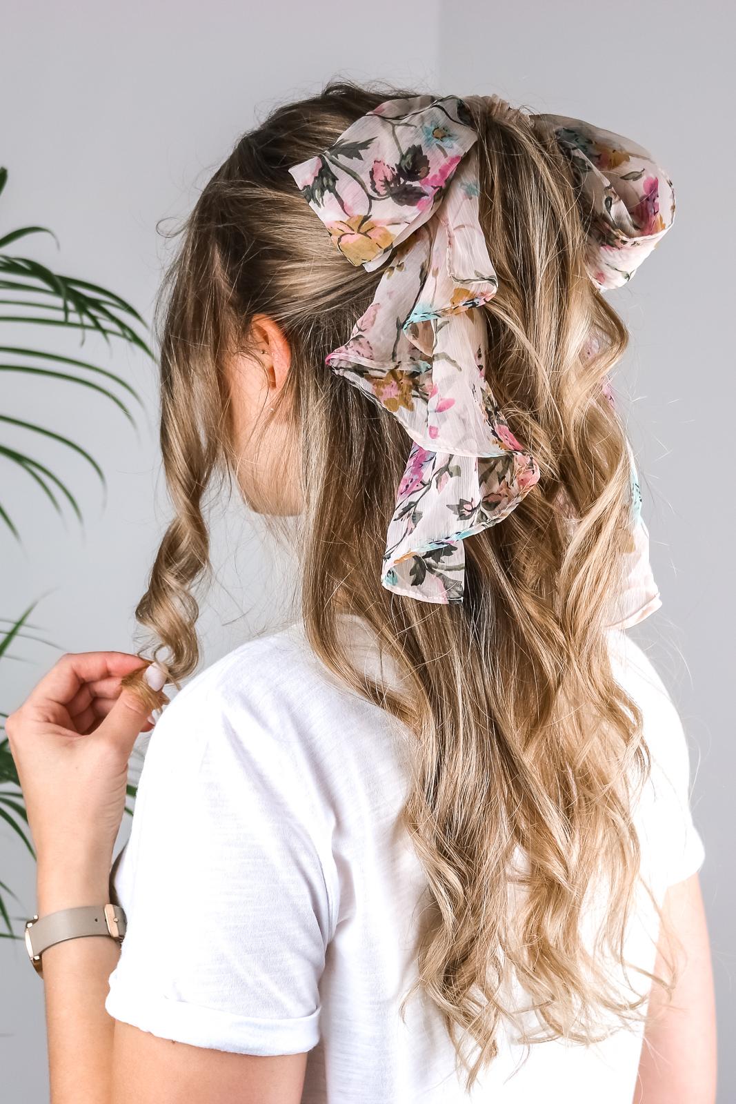 Tuch Im Haar 5 Moglichkeiten Wie Du Den Trend Einfach Stylen