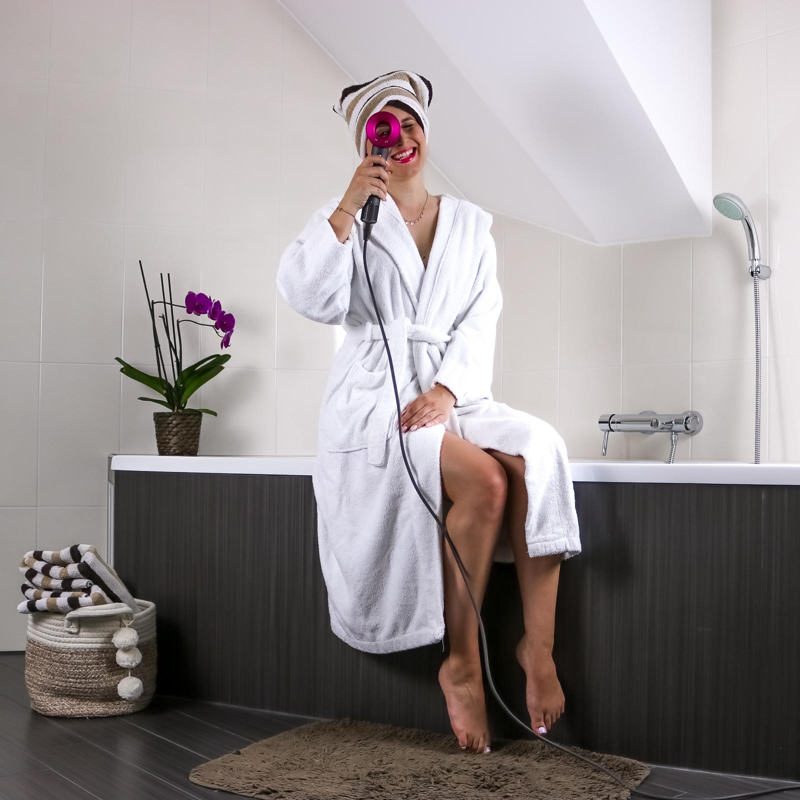 Dyson Supersonic - Der Haartrockner im Test - Blogpost - Dyson Haarföhn Testbericht - Dyson Haartrockner - bester Haartrockner - der beste Haarföhn - Haare schneller trocknen - Haarföhn für gesunde und glänzende Haare - Fashionladyloves by Tamara Wagner - Beautyblog - Blogpost -Blog