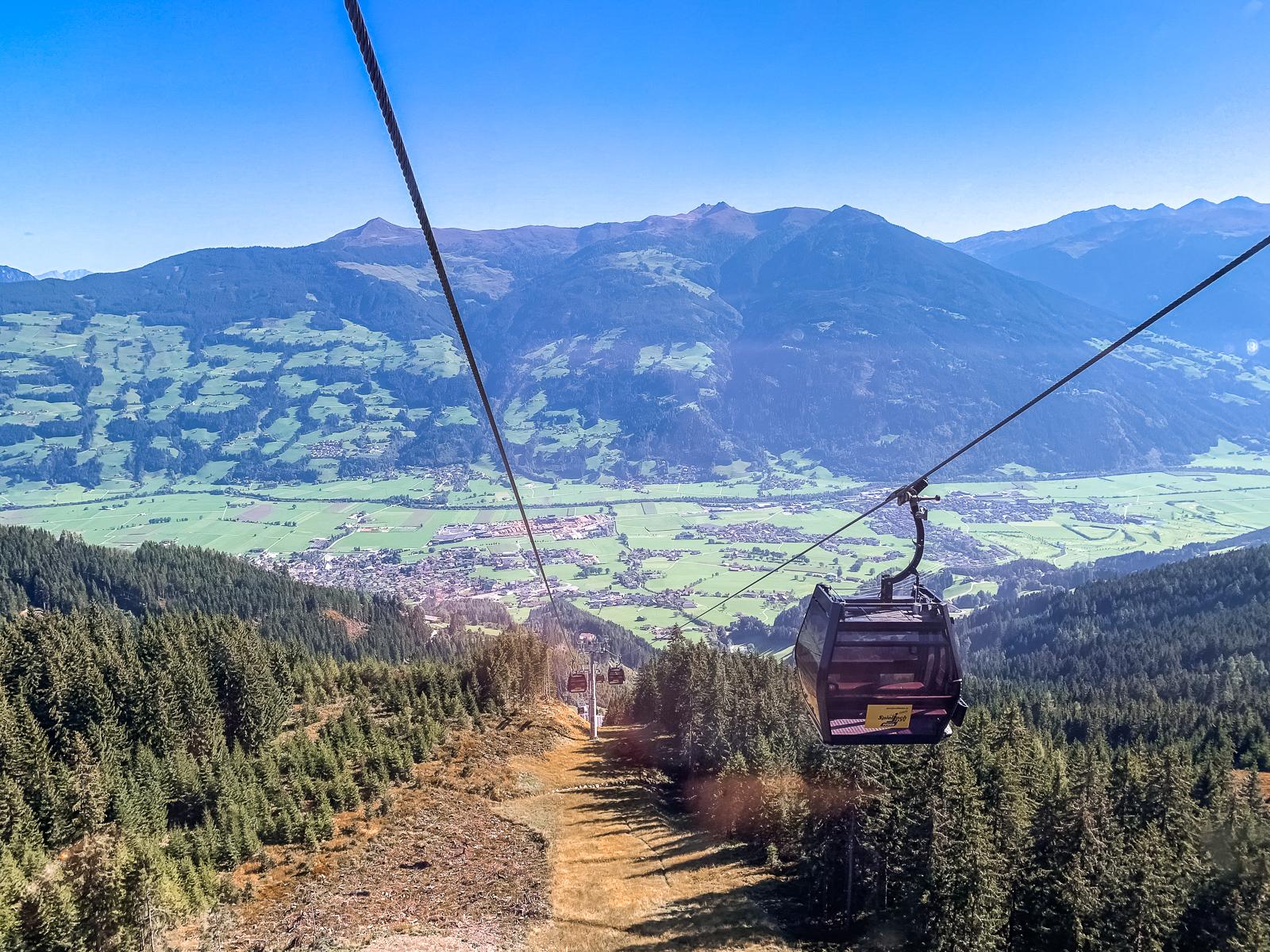 Wandern im Zillertal in Tirol - Wandern in den Bergen - Wanderwege in Tirol - Spieljoch - Wanderung am Spieljoch - Ausblick auf vom Spieljoch - Spieljoch Bahn - Reisen - Österreich erkunden - Fashionladyloves by Tamara Wagner - Reiseblog - Travelblog